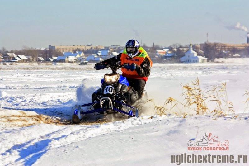 14 - Кубок Поволжья по снегоходам 1 этап. Углич 2 февраля 2010год.jpg